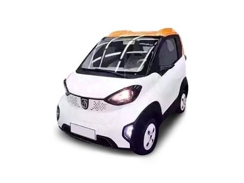 宝骏E100